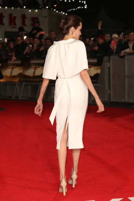 Angelina Jolie Ralph Russo Espalda