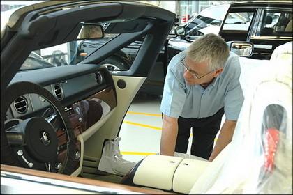 Visita a la fábrica de Rolls Royce