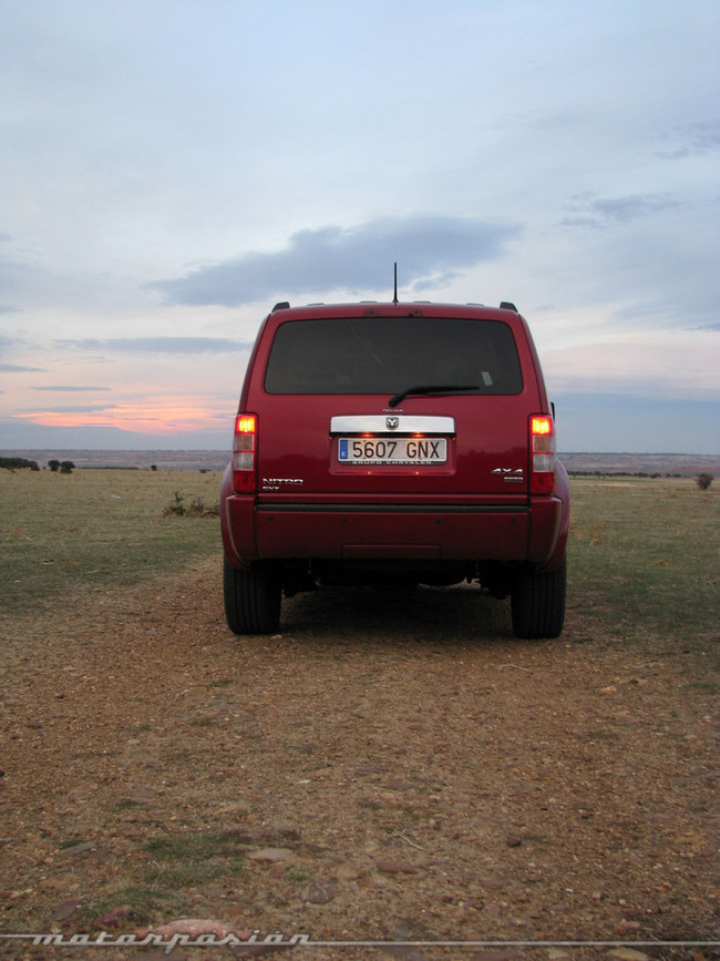 Foto de Dodge Nitro (prueba) (2/26)