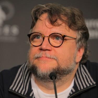 El gesto solidario de Guillermo del Toro que emociona al mundo