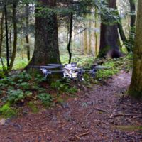 Estos drones están aprendiendo a moverse por pistas forestales, buscarán a excursionistas perdidos