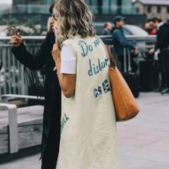 Foto 8 de 10 de la galería chaqueta-con-espalda-escrita en Trendencias