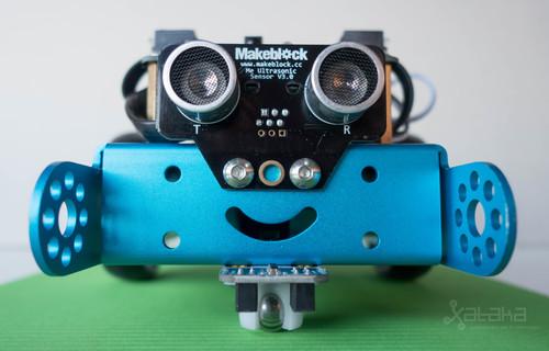 mBot Makeblock de SPC, análisis: un mini-robot con Arduino para enseñar a programar a los más peques