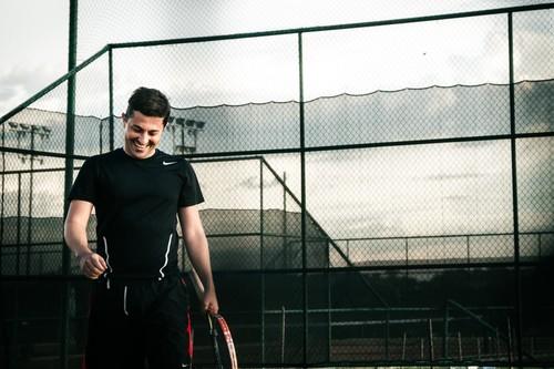 Rebajas Nike: 20% de descuento adicional en zapatillas, sudaderas y otras prendas ya rebajadas con el cupón JAN20