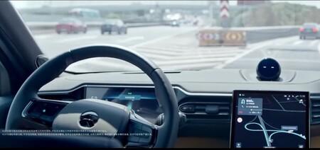 NIO empieza a 'examinar' a los conductores que quieran utilizar el sistema de conducción semiautónoma en sus coches