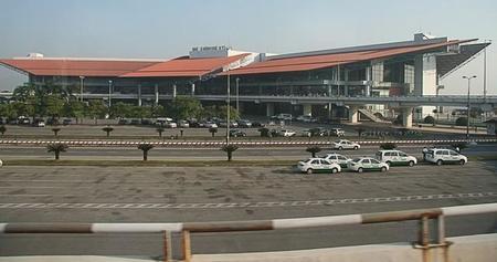 El aeropuerto de Hanói dispondrá de vehículos eléctricos comunicando sus terminales