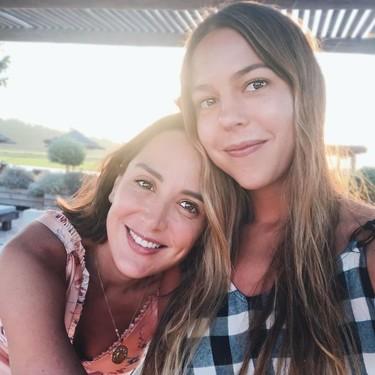 Los looks de Tamara Falcó en Portugal son una oda a las flores (y uno es de Bershka)