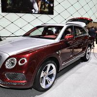 El híbrido más lujoso viene hasta con wallbox de Philippe Starck: así es el Bentley Bentayga Hybrid