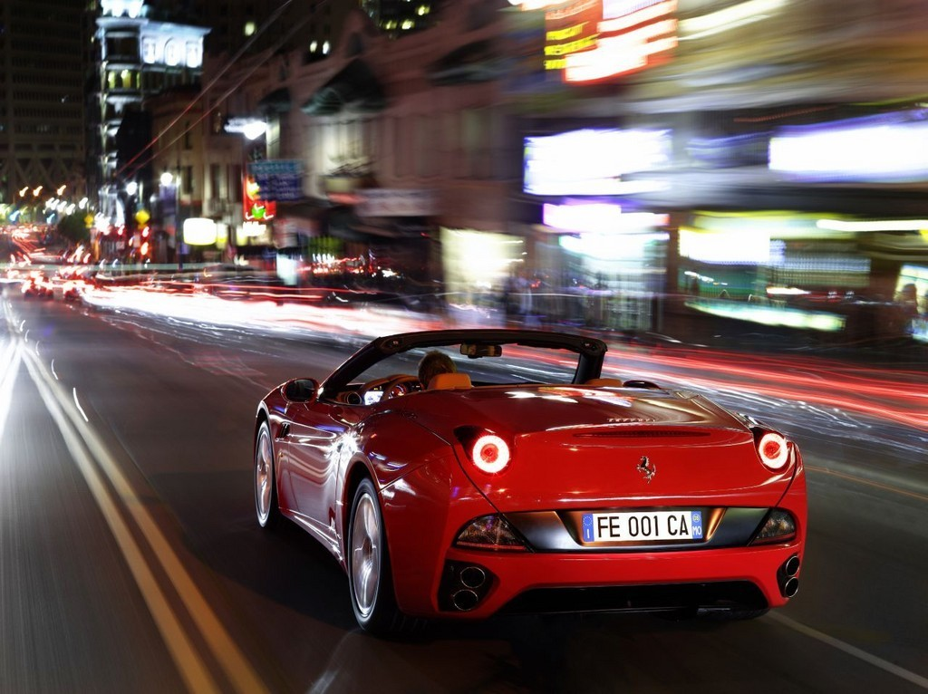 Foto de Ferrari California (46/50)