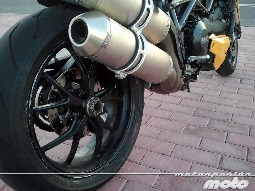 Foto de Ducati Streetfighter 848 (32/37)