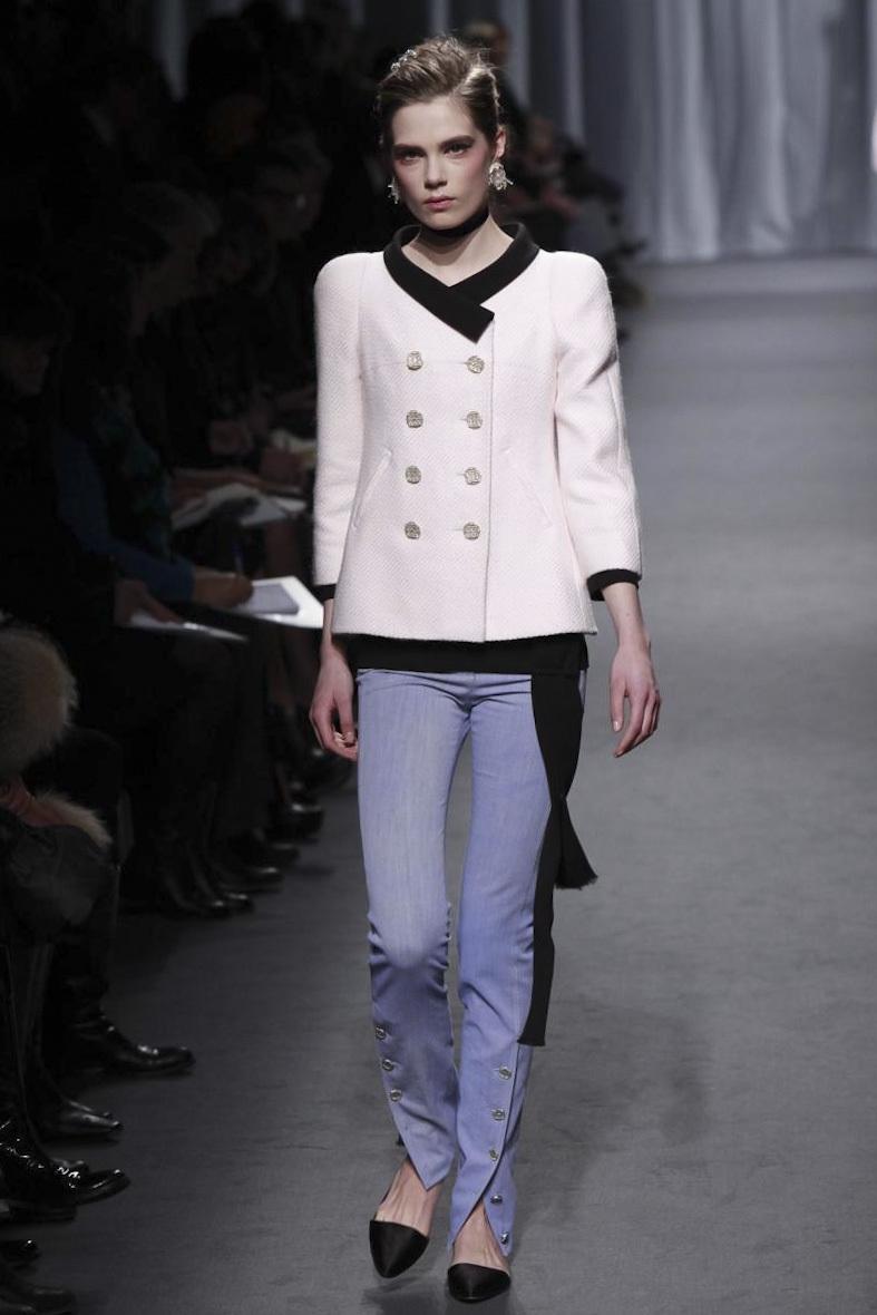 Foto de Chanel Alta Costura Primavera-Verano 2011 (7/27)