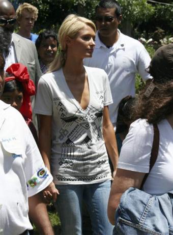 Paris Hilton: a su manera, benéfica en Guatemala