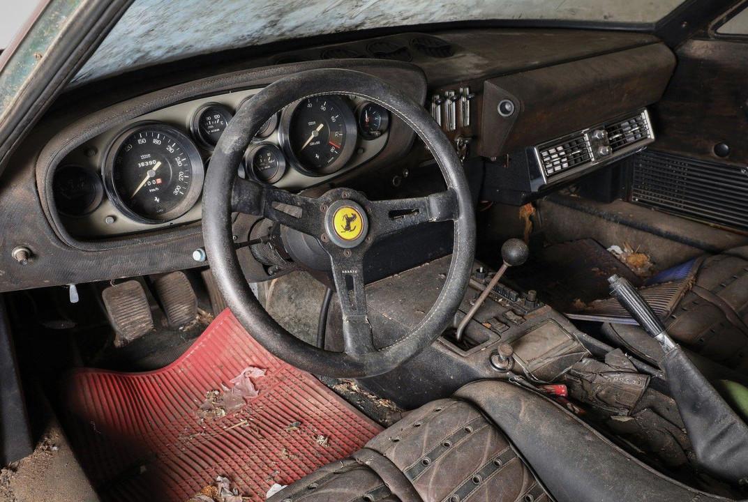 Foto de Ferrari 365 GB4/4 Daytona Berlinetta Alloy by Scaglietti (17/28)