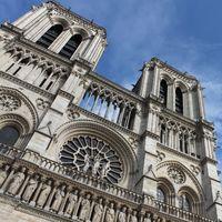 Apple donará para la reconstrucción de la catedral de Notre Dame tras su incendio