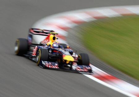 Mark Webber quiere más prestaciones en carrera para el RB7