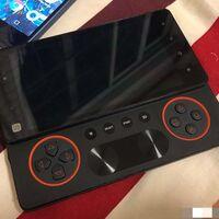 """El Sony Xperia Play 2 que nunca fue: aparecen fotos de un prototipo del """"smartphone PlayStation"""" cancelado"""