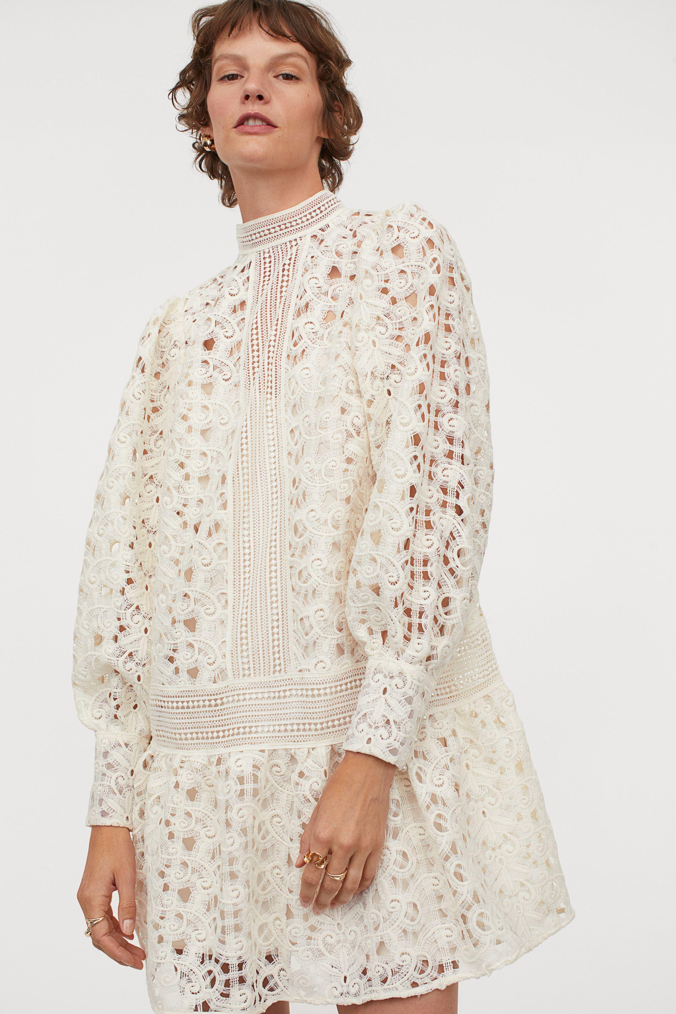 Lace dress en blanco