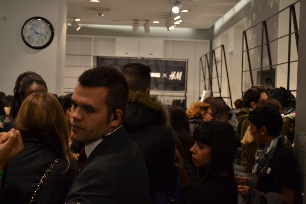Foto de Alexander Wang x H&M, la colección llega a tienda (Madrid, Gran Vía) (13/27)