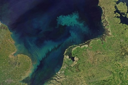 Casi todo el océano va a cambiar de color en los próximos años