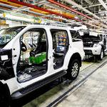 """El Gobierno cree que aún """"hay futuro"""" para Nissan Barcelona, tras una oferta fallida de 97 millones de euros y una fábrica de baterías"""
