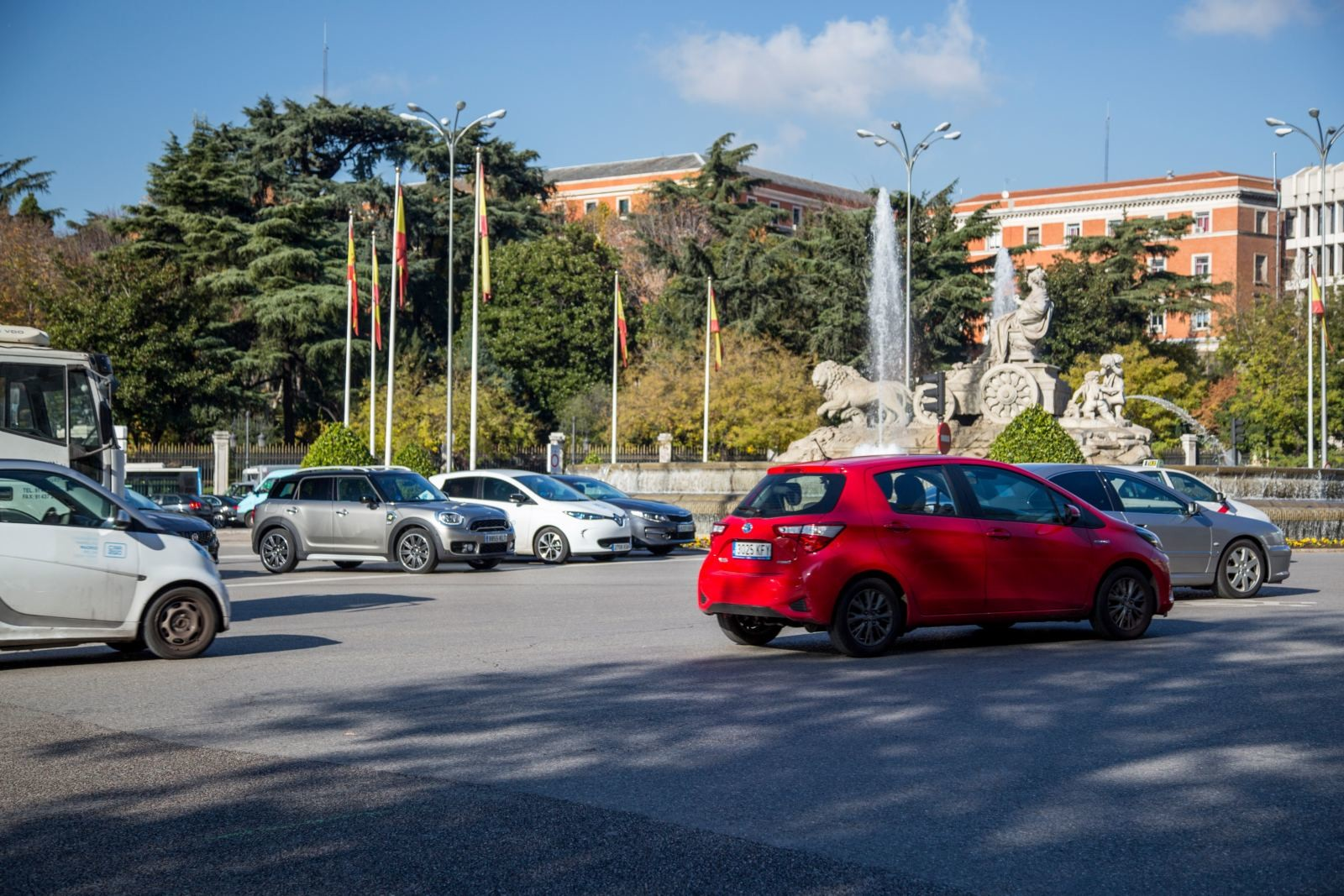Foto de Madrid Central con el MINI Cooper S E Countryman All4 (15/20)