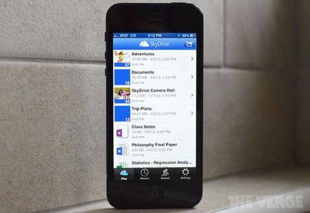 SkyDrive 3.0 al fin disponible en la App Store tras meses de desacuerdo entre Apple y Microsoft