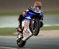 Lorenzo consigue una pole histórica en Qatar