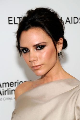 Tendencias en peinados para la Primavera-Verano 2010: el estilo de las celebrities. Victoria Beckham