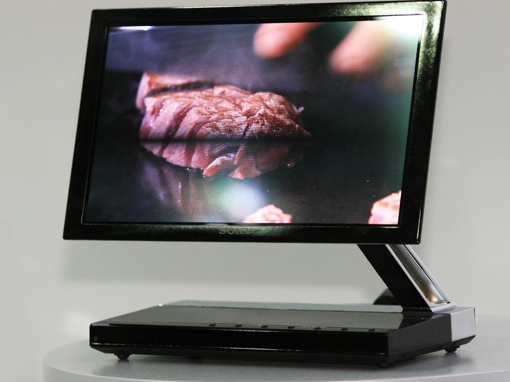 Costaba 4.999 euros y tenía 11 pulgadas: así era el primer televisor OLED, el pionero Sony XEL-1