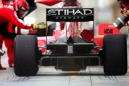 Ferrari el más rápido en Bahrein, aun con problemas en el KERS