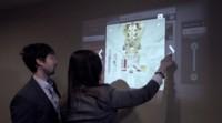 Ubi y Kinect, un equipo para convertir cualquier superficie en táctil que ya puedes conseguir