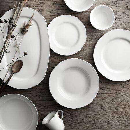 Las vajillas más elegantes de Ikea y cómo combinarlas para conseguir un resultado digno de Pinterest