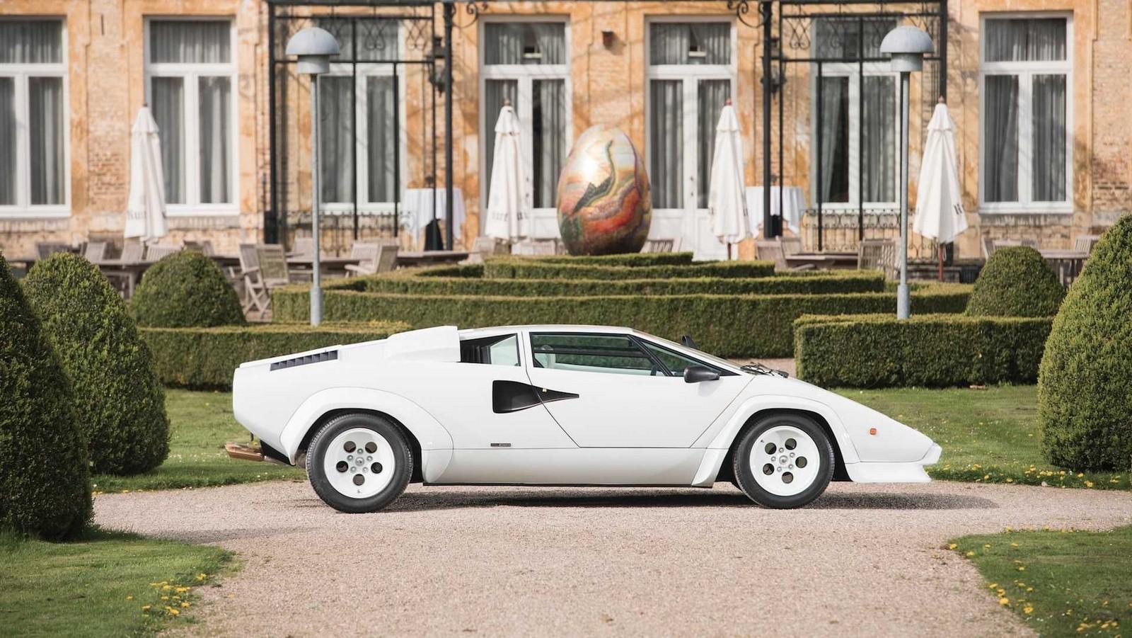 Foto de Lamborghini Countach 5000 QV by Bertone (1/22)