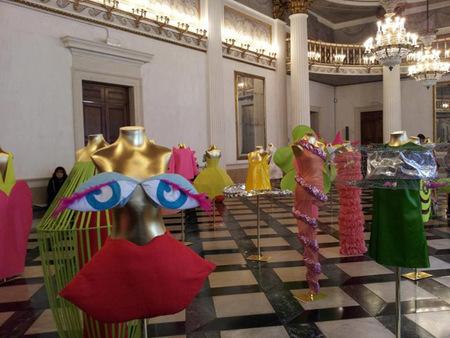 Agatha Ruiz de la Prada celebra el Día de la Mujer con una exposición retrospectiva en Venecia