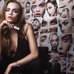 Cara Delevigne rompedora con las revolucionarias máscaras vinilo de YSL