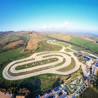 Un día de entrenamientos en el rancho de Valentino Rossi con Dainese cuesta 750 euros, y ya no hay plazas