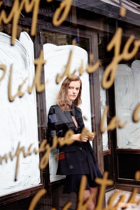 ¿Necesitas piezas clave para esta nueva temporada? Zara te ofrece las suyas a modo de lookbook