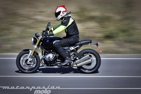 BMW R nineT, prueba (conducción en ciudad, carretera y autopista)