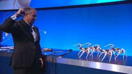 Controlar un ejército de arañas robóticas con gestos es posible con Curie de Intel