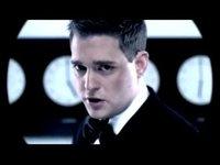 Me llamo Michael Bublé, tú (Kim Kardashian) fastidiaste a mi amigo Kris Humpries, prepárate a recibir
