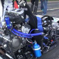 Así suena y así acelera un kart con motor de Honda CBR 1000 RR y una botellita azul