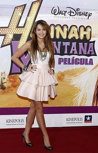 ¿Quieres la ropa de Miley Cyrus? consiguela por Internet