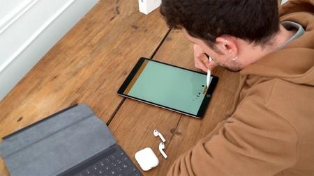 Mucho almacenamiento y más de 130 euros de ahorro en este iPad Air (2019) de 256 GB vendido por eBay y con envío desde España