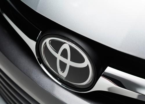 ¡Nueva víctima! Trump arremete contra Toyota y la producción de Corolla en México (actualizado con respuesta de Toyota)