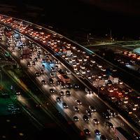 """Prohibir la venta de coches de combustión """"no es compatible"""" con la ley comunitaria, según Bruselas"""