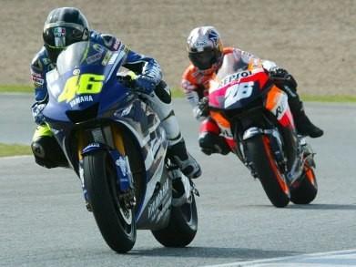 Primera sesión de los IRTA de MotoGP: Melandri manda