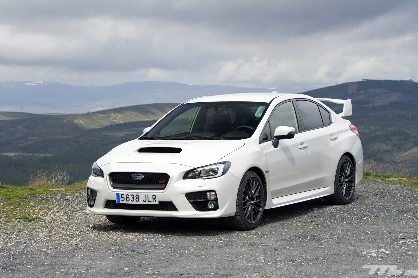 subaru wrx sti a prueba un deportivo anal gico en la era. Black Bedroom Furniture Sets. Home Design Ideas