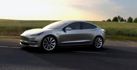 En Tesla están dispuestos a asumir riesgos para acelerar la producción del Tesla Model 3