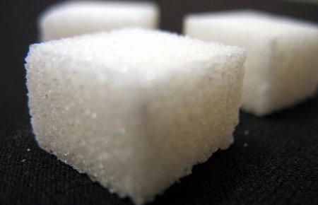Los efectos negativos de comer azúcar en exceso van más allá de las calorías