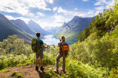 Las cinco mejores rutas de senderismo en Europa para disfrutar haciendo ejercicio al aire libre este verano